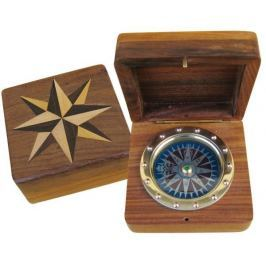 Sea-club Compass in wood